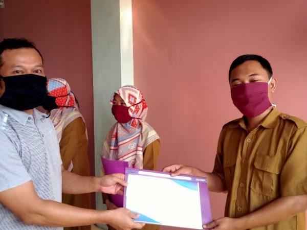Penghargaan Guru Berprestasi SMAIT Raudhatul Jannah Cilegon TP. 2019/2020